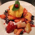 цитрусовый сорбет с фруктами