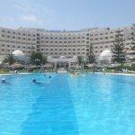 piscine hotel tej marhaba