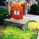 Photo de Boiling Springs Tavern