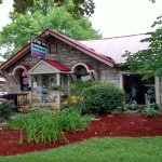 Cottage Inn Restaurant, Louisville, KY, est. 1929