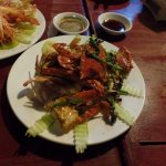 fried crabs with pepper and fried prawns