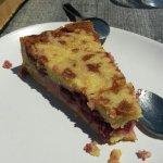 Tarte griottes pistache 6€