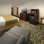 Photo of Holiday Inn Express Hotel & Suites DFW - Grapevine