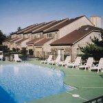 Newport Overlook Pool