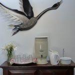 The Tin Goose Foto