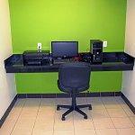 Photo of Studio 6 Orange