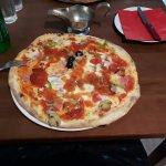 Preporucam ovaj restoran, pizza je bila ok, posluga profesionalna.