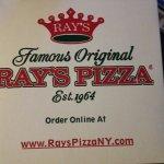 Photo de Famous Original Ray's Pizza