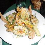 """special"" (ostriche gratinate, cozze gratinate, verdure miste pastellate)"
