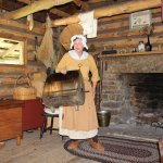 Pioneer woman cooks chicken in that thing