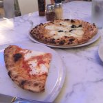 Scuola Vecchia Pizza E Vino Foto