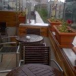 Terraza / comedor, día lluvioso ....