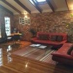 Open plan studio - clean & spacious