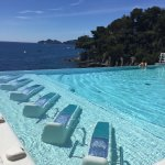 Jacuzzi beds in infinity pool, just amazing!