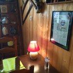 Le restaurant Les Glaciers , ambiance chaleureuse, bien cosy, à la montagneuse