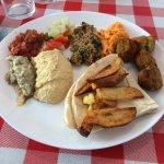 Ótima opção! Tipicamente turco, restaurante prima pela higiene, capricho dos alimentos e atendim