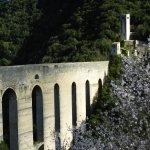 El puente y acueducto de Spoleto, a minutos caminando del hotel