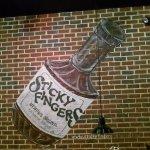 Foto di Sticky Fingers