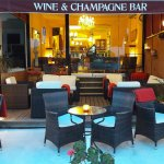 de Blanck Wine & Champagne Bar