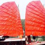 Sailing junk