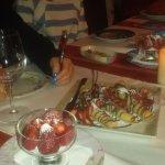 Eleven Tables Restaurant Foto