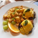 Eggs Benny with Pesto on Portobello Mushrooms