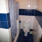Standard-room-no9-toilet