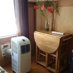 Aircon and small table/chairs