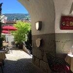 Adeler Cafe