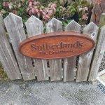 Photo de Sutherlands Guest House