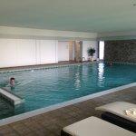 Swimmingpool sterile, aber Liegewiese gleich nebenan schön