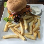 Amazing chicken burger. A bit light on fries but over all it was great! My girlfriend had the po