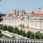 Vue sur l'Université d'Avignon et le Palais des Papes