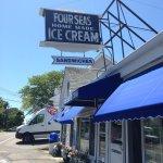 Foto de Four Seas Ice Cream