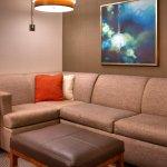 Standard Queen Lounge