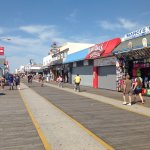 Walk to famous Boardwalk for entertainment, food, views.