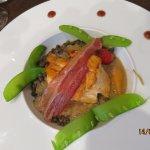 Tournedos de saumon, fondue de lentilles.