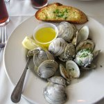 Steamed Clams in Garlic-Wine Broth with Garlic Toast