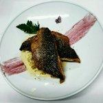 Filet de dorade royale, risotto, fondue de poireaux et coulis de fenouil
