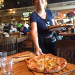 Wow what good looking Pizza server!