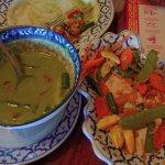 Green Curry Beef and Tofu Pad Thai
