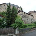 Schloss Schenna, kann nur unter Führung besichtigt werden.