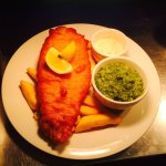 Sunday Dinners, Crispy Fish n Chips & a SteakSalad cooked perfectly Rare 😍 ALL at The Cliffs...