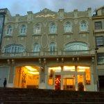 Fachada del Hotel Moov Porto Centro.