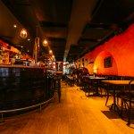 Demi-Lune Café & La Salle à Manger