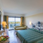 Photo of Fiesta Hotel Athenee Palace