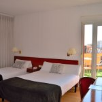 Photo de Hotel Ultonia Girona