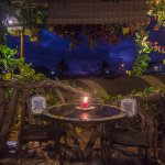 ROMANTIC DINNERS IN CASA DEL LAGO LODGING HOUSE