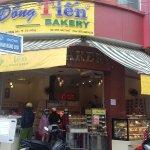 Đồng Tiến Bakery Phan Đăng Lưu