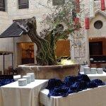 Olive Tree Hotel Foto
